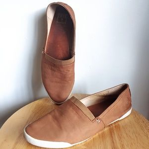 Frye Melanie Slip On Leather Sneaker Flats